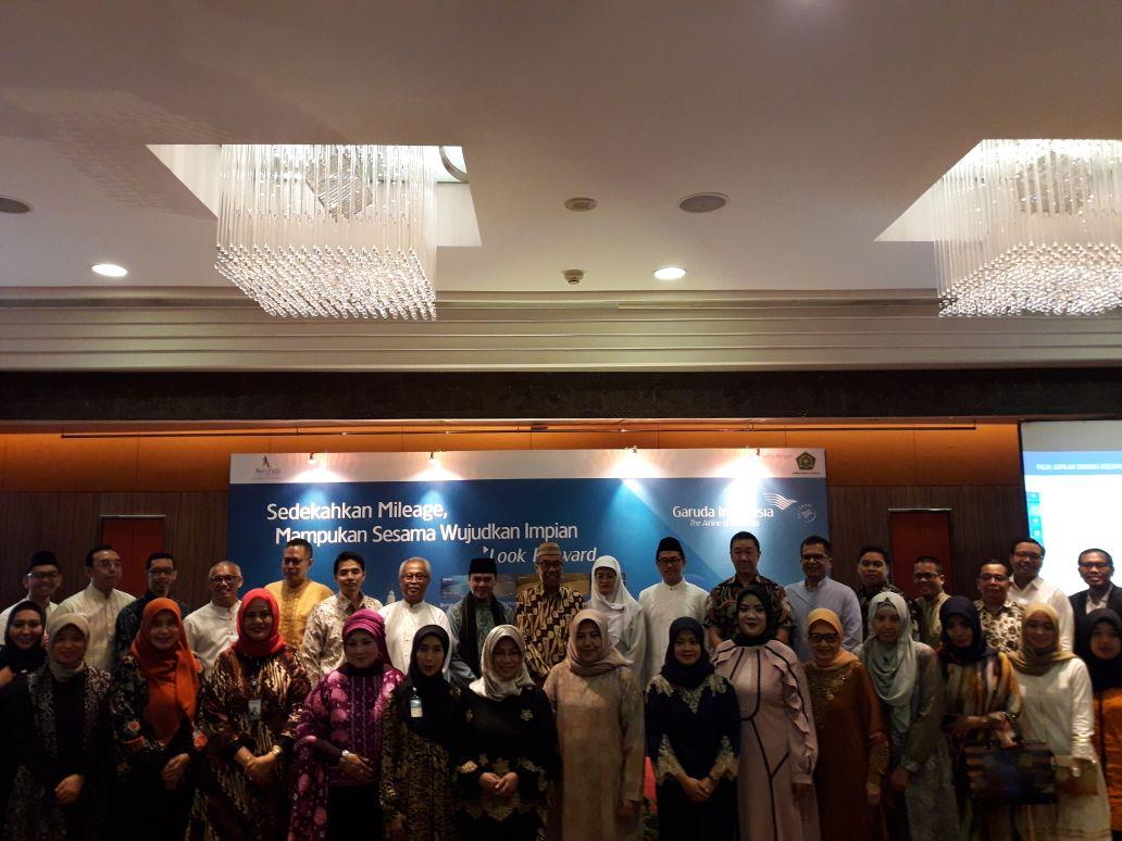 Garuda Indonesia Resmi Luncurkan Program Sedekah Umroh Travelmakerid